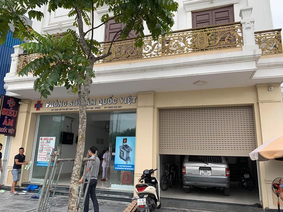 Cửa kính tự động tại Nam Định - công trình phòng siêu âm Quốc Việt